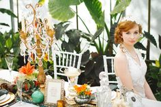 We just love the pop of colour and the Great Gatsby feel to this wedding.