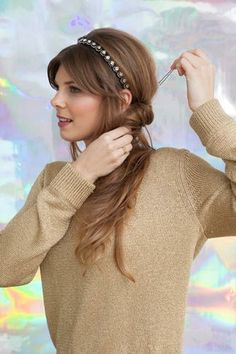 Holiday hair DIY's for ladies with long locks