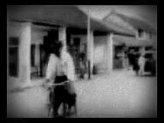 A Must See Black & White Documentary of The Early 20th Century Bali Island, Indonesia @ Short Film Craze (6) Bali 1908 - Iconada Mobile Television愛墾納達故事城行动电视 Promoted for ASEAN Digital Cultural Initiative by http://iconada.tv