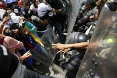 فنزويلا تقول إن الإحتجاجات تسببت في خسائر لا تقل عن عشرة مليارات دولار - http://aljadidah.com/?p=272485