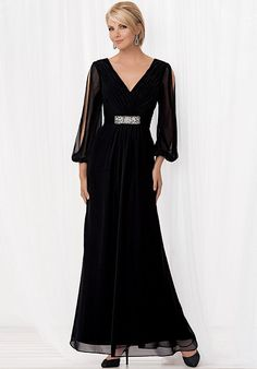 Jordan Caterina Collection Chiffon Gown Pomegranae In Color Nwt Size 18 , Mob Dresses, Plus Size Dresses, Bridesmaid Dresses, Wedding Dresses, Party Dresses, Mother Of The Bride Dresses Long, Mothers Dresses, Bride Groom Dress, Bride Gowns