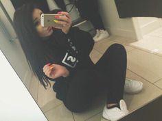 #brunette #model #hair #sitemodel #girl #fashion #ootd #luxury #reebok #airforce #iphone #longhair