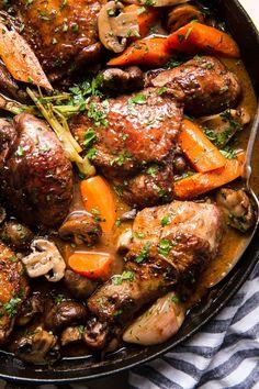 Chicken Coq Au Vin Recipe, Coq Au Vin Recipe Easy, Co Que Vin Recipe, Fancy Dinner Recipes, Dinner Party Meals, Fancy Meals, Romantic Dinner Recipes, Dinner Ideas, Classic French Dishes