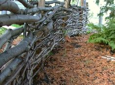 By Susan Patterson - Off The Grid News Fences may not necessarily make good neighbors, but they do offer privacy to your living space. Fences can act as a windbreak and provide a microclimat...