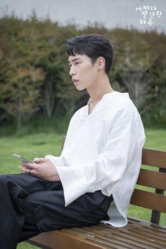 Lee Jae-Wook 🎬 discovered by Gabriela Sánchez Korean Face, Korean Star, Korean Men, Drama Korea, Korean Drama, Drama Film, Drama Movies, Handsome Korean Actors, Korean Boys Ulzzang