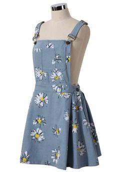 To find out about the Light Blue Daisy Floral Print Denim Dungaree Dress at SHEIN, part of our latest Dresses ready to shop online today! Cute Casual Outfits, Pretty Outfits, Pretty Dresses, Teen Fashion Outfits, Cute Fashion, Fashion Dresses, Denim Dungaree Dress, Dungarees Outfits, Kawaii Clothes