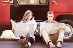 Praise Wedding » Wedding Inspiration and Planning » Natural Lifestyle Engagement Photos