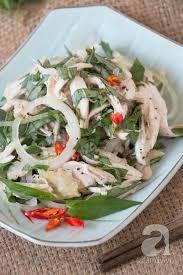 Vietnamese Chicken salad Vietnamese Chicken Salad, Vietnamese Cuisine, Vietnamese Recipes, Asian Recipes, Ethnic Recipes, Goi Recipe, Thing 1, Lime Chicken, Chicken Salad Recipes