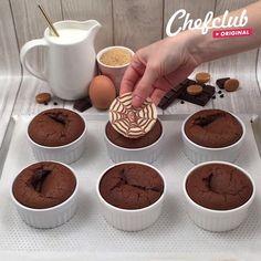 L'ultime fondant au chocolat - pastels Fun Baking Recipes, Easy Cake Recipes, Cupcake Recipes, Sweet Recipes, Snack Recipes, Dessert Recipes, Ultimate Chocolate Cake, Twisted Recipes, Creative Food