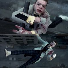 Why did you have to be so stubborn, Jerome? He tried to help you, Jim did, and you fell. Plummeted to your death. You left me in tears. Gotham City, Gotham Joker, Joker And Harley Quinn, Jerome Valeska Joker, Cameron Jerome, Dc Comics, Gotham Tv Series, Cameron Monaghan, Child Actors