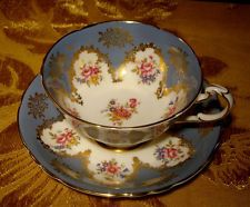 PARAGON GREY-BLUE CUP & SAUCER FLORAL BOUQUET & GOLD A4752 MADE IN ENGLAND