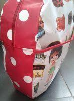 Diy bag backpack back to school ideas Tumblr Pencil Case, Sewing For Kids, Diy For Kids, Toddler Bag, Diy Backpack, Diy Bags Purses, Baby Wrap Carrier, Diy School Supplies, Bag Patterns To Sew