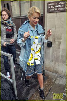 Having a moment // Studs - Rita Ora