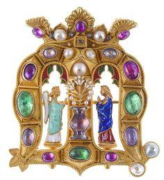 Património - Alfinete de peito de D. Maria Pia volta ao Palácio Nacional da…