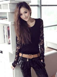 Perfect Leisure Round Neckline Lace T-shirt All-matched Base Shirt