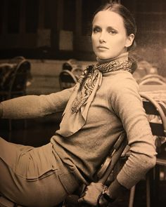 "Casual chic. More Karen Graham by Skrebneski. Still so fresh. Classics are classics for a reason. Cheers to Hermes scarves, turtlenecks, and riding boots. Photo from ""Skrebneski, Five Beautiful Women"" #skrebneski #casualelegance #timelesselegance #hermes #karengraham #equestrianchic"