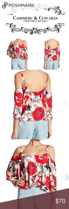 Cupcakes And Cashmere XS loose Floral Top New with tags!  Beautiful floral top hangs nice on the body will be good for hot weather conditions or paring it up with a cardigan in the fall (: it is slightly cropped but a lobger crop top than most cupcakes and cashmere Tops Crop Tops