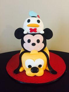 Disney Tsum Tsum cake!