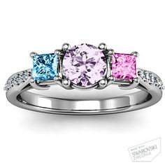 A pretty Mother's ring