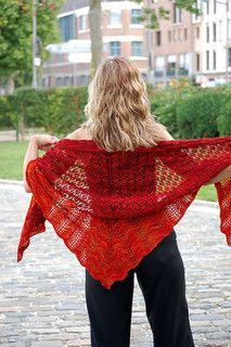Sur un petit nuage by Marie Adeline Boyer $5 10 ply 650 yds (English and French)