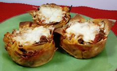 "Lasagna ""Cupcakes!"" What a GREAT idea!"