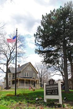 See 68 photos and 2 tips from 804 visitors to Downtown Downers Grove. Plenty of places for you too - Another Round, Emmett's and Ballydoyle. Great Places, Places To Visit, Downers Grove, Grove Park, City Girl, Day Trips, Illinois, Parks, Opal