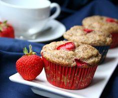 Strawberry Flax Yogurt Muffins – Gluten-Free Snacks for Kids via @Carolyn Ketchum