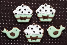 Love the colors on these cookies.  Birds and cupcakes by The Art of the Cookie