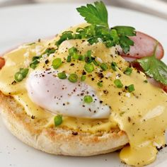 Eggs Benedict Made Simply | KitchenAid recipes