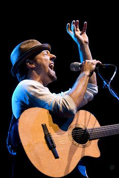 Buy tickets for Jason Mraz's upcoming concert at Hollywood Bowl in Los Angeles on 23 Jun 2017.