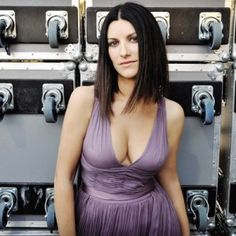 Laura Pausini feels safer in Mexico