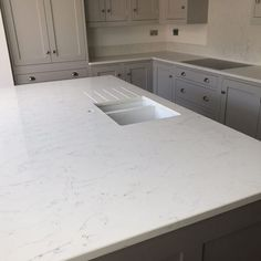 White Carrera- Upminster, Essex - Rock and Co Granite Ltd Shaker Style Kitchens, Marble Effect, Kitchen Tops, Splashback, Carrara, Granite, Traditional, Park, Ideas