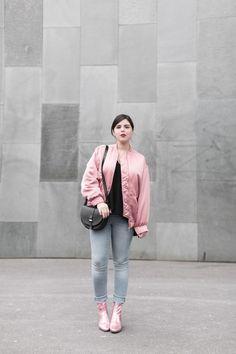 JONAK GIRLS   Pink boots DIEGO from Jonak x Wear Lemonade collection as seen on @paulinefashion - www.jonak.fr
