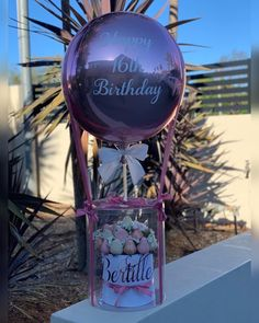 Balloon It - Balloon Gifts, Surprise Boxes & Decor for all occassions – Balloonit Valentine's Day Flower Arrangements, Balloon Arrangements, Personalized Balloons, Custom Balloons, Balloon Bouquet, Balloon Arch, Custom Gift Boxes, Customized Gifts, Ballon Decorations