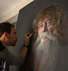 Realistic Portraits Drawn with Chalk