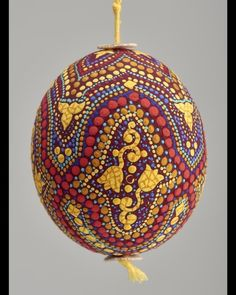 Èva Witz Hand-painted Easter Egg 1979-2003. Hungary. Via Museum of Applied Arts Budapest
