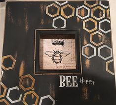 Chalk Couture - Add a look of texture to a frame and a cute bee {Chalk Transfer] to complete the look. (via Brenda Durrant) #chalkcouture