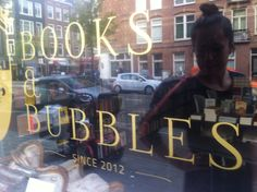 <3 this place....books&bubbels