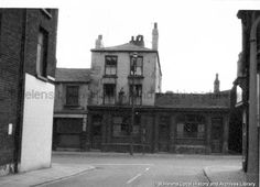 Grapes Inn Liverpool Road Photo courtesy of St Helens Local History And Archives Library Saint Helens, Archive Library, Local History, Historical Photos, Liverpool, Past, England, Black And White, Working Class