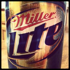 Miller Lite Pizza And Beer, Miller Lite, Think Of Me, Root Beer, Country Girls, Food To Make, Cocktails, Main Squeeze, Recipes