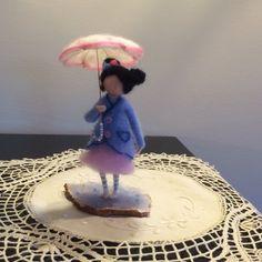 Nadel Filz Waldorf inspirierte Fairy unter dem Dach von DreamsLab3