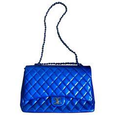 e9fba6590476 Sacs à main Chanel Timeless maxi jumbo Cuir vernis Bleu ref.52556 - Joli  Closet
