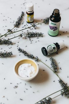 How To Get Rid of Spiders Using Essential Oils homemade spray DIY. Decor Style Home Decor Style Decor Tips Maintenance Diy And Crafts Sewing, Diy Craft Projects, Crafts To Sell, Diy Crafts, Sewing Projects, Essential Oil For Spiders, Get Rid Of Spiders, Homemade Essential Oils, Do It Yourself Crafts