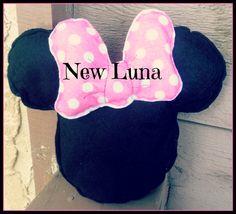 Minnie Mouse head plush
