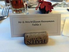 Name tags for wedding guest on wine cork