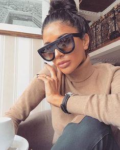 Kardashian Sunglasses Kim Black Fashion Top S Women Square Aviator Celine Design Look Fashion, Autumn Fashion, Fashion Outfits, Womens Fashion, Fashion Tips, 90s Fashion, Fashion Styles, Hijab Fashion, Classy Outfits