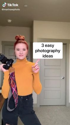 Diy Fashion Photography, Creative Portrait Photography, Portrait Photography Poses, Photography Poses Women, Photography Basics, Photography Lessons, Girl Photography Poses, Photography Editing, Photography Studio Decor