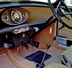 Australian MK1 Morris Cooper S Dashboard and controls