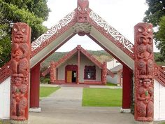A marae is a communal or sacred place that serves religious and social purposes in Maori societies. Long White Cloud, Maori Art, New Zealand, Beautiful Homes, Outdoor Structures, Culture, Vacation, Homeland, House Styles