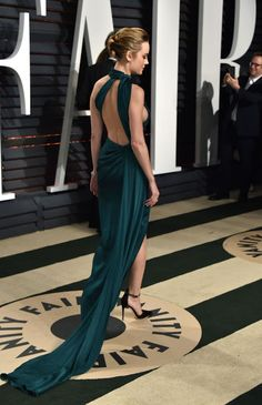 Brie Larson Clicks at Vanity Fair Oscar 2017